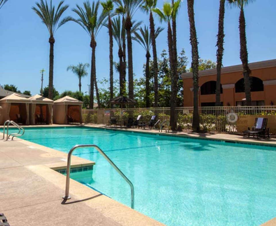 Wyndham-Anaheim-Pool-2-1225x1000
